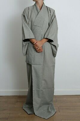Authentic traditional vintage Japanese komon geometric print kimono