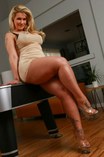 Adult Film Star Ryan Conner Sexy Legs Tight Dress 4x6 photograph SEXY!!
