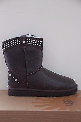 Ugg Australia  Women's Bowen Boots  Size 5 NIB