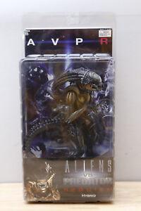 Neca Hybrid Predalien AVP Requiem Aliens vs Predator FIGURE closed mouth