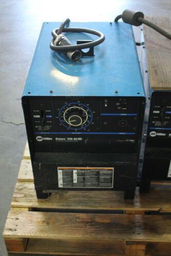 Miller Dialarc 250 AC/DC Welder, 250A WORKING