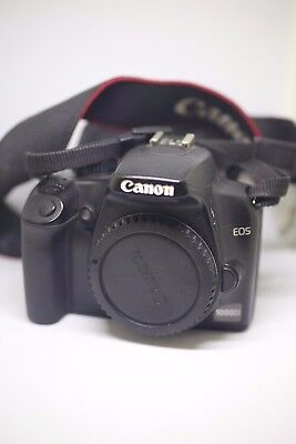 Canon EOS 1000D / Rebel XS 10.1MP DSLR Camera + battery grip