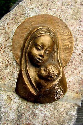 Beautiful Plaque Bronze Mary with child Fritz Pißarreck Relief Signed