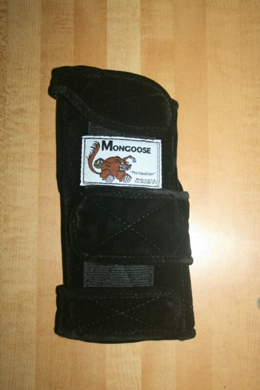 "Mongoose ""Equalizer"" Bowling Wrist Band Support, MRE, Right Hand, Medium, Black"