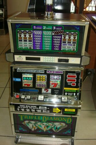 TRIPLE DIAMONDS  COINLESS  IGT SLOT MACHINE  FUN FOR YOUR HOME  HI ROLLER GAME