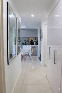 Executive style 3 bed Fully furnished apartment in Parramatta