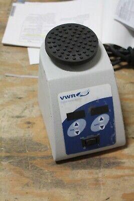 Vwr 14005-824 Digital Vortex Mixer Mini Vortexer Adjustable Speed Timer Working
