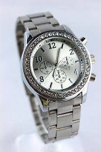 Stainless Steel Fashion Wristwatch - Men and Women - 5 colours - gift - watch