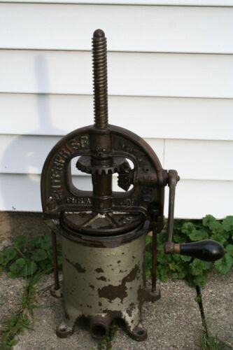 Vintage Enterprise MFG Co Sausage/Fruit/Lard Press Cast Iron No 25