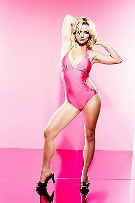 Britney Spears Unsigned 8x12 Photo (42)