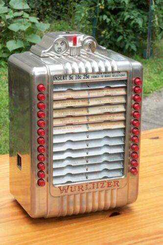 Vintage Wurlitzer Wallbox Model 3020 comes with key /Nice Chrome & EXTRA CLEAN !