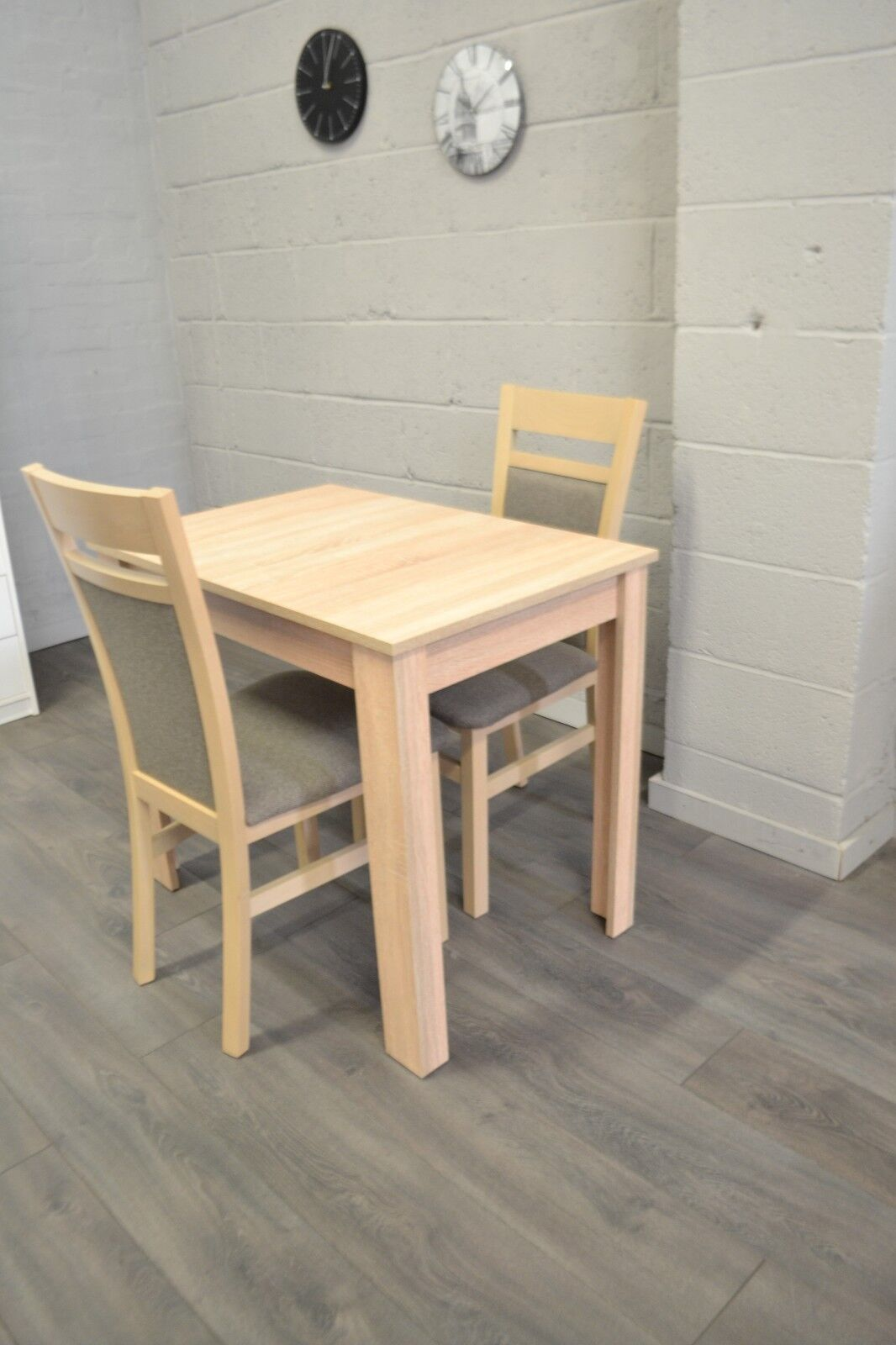 Small extending dining table ideal for caravans oak sonoma colour