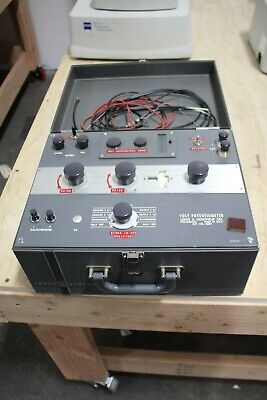 Leeds Northrup Co Cat 8687 Volt Potentiometer With Case And Leads