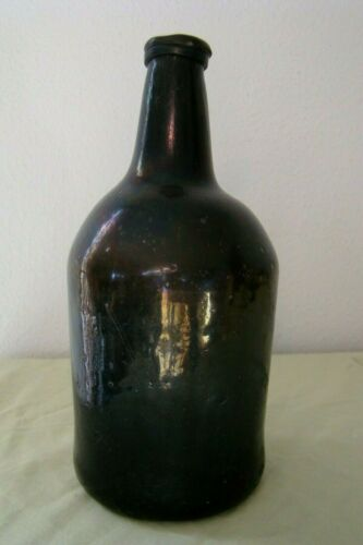 ENGLISH BLACK GLASS LATE 18TH CENTURY RUM BOTTLE