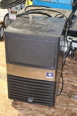 Manitowoc Under Counter Ice Machine Maker Model Qm45a With Ice Storage Bin
