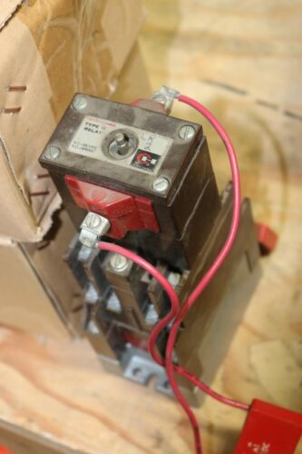 Cutler-Hammer D26MR802 Latched Relay