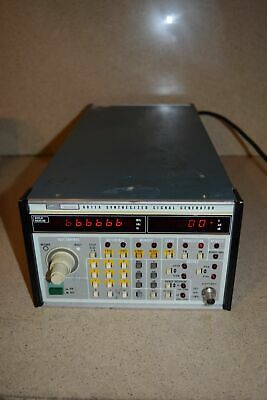 Fluke 6011a Synthesized Signal Generator