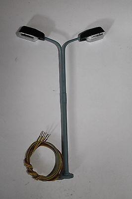 Eisenbahnlampe für H0; Höhe 110mm;19V incl. Kabel und Leuchtmittel; NEU---OVP