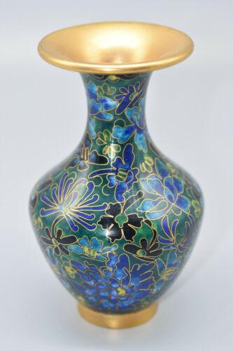 Valuable Asian Vibrant Cloisonne  Vase, 1800