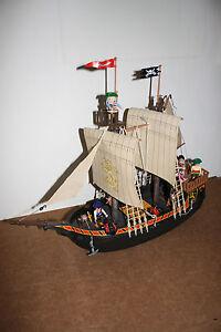 Playmobil Piratenschiff 3750 / 4424 Eigenbau mit Figuren und Kanonen