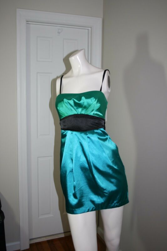 Beautiful Emerald Green Satin Mini Dress By Trixxi size 3