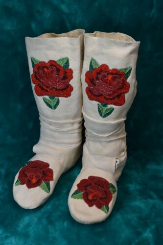 Native American Beaded High Top Moccasins, Shoshone Rose Motif, Gorgeous, Size 8