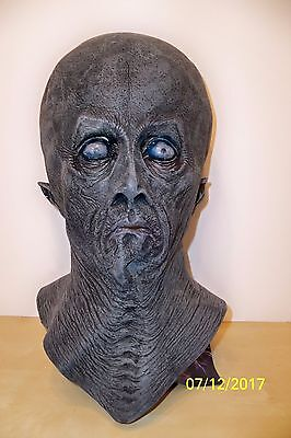 Distortions Halloween Masks (CREETON RESURRECTION SPACE ALIEN LATEX MASK COSTUME)