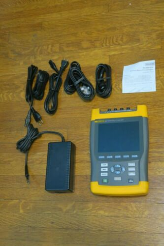 Fluke 435 Power Quality Analyzer with AC adapter and battery 2010 Cal FREE SHIP