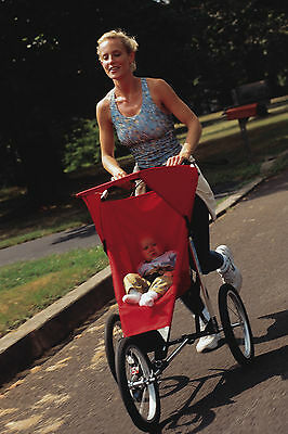 Der Jogger ist das perfekte Modell für sportliche Eltern. (Foto: Thinkstock)