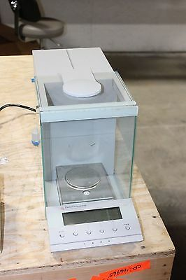 Denver Instrument Company 201169.1 Digital Scale 50g250g