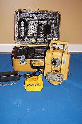 Topcon Gts-202 Total Station New Battery And Charger Case