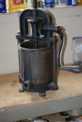 Vintage Landers Frary Clark 4 Qt. Lard Press Sausage Stuffer