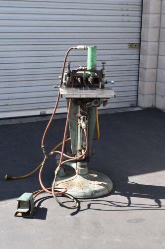 Newton B100 Dual Spindle Horizontal Boring Machine air powered