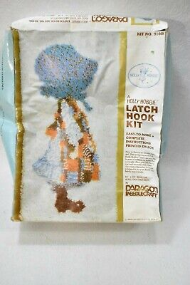 Holly Hobbie Latch Hook Kit 16
