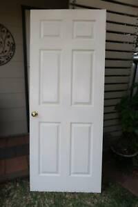 White 6 panel hollow core internal door