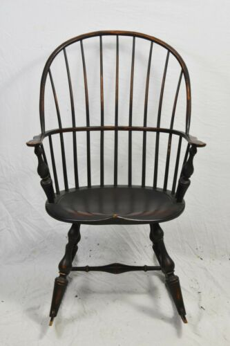 D.R. DIMES WINDSOR CHAIR BOW-BACK ROCKING CHAIR Armchair Williamsburg Style