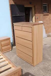 FEEBY QUEEN BEDROOM SUITE - TASSIE HARDWOOD TIMBER Manly Vale Manly Area Preview