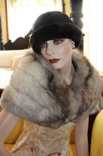 Elegant Vintage Brown Tipped FOX FUR Stole Satin Lined Shawl Wrap