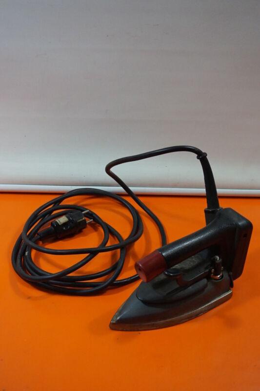NAOMOTO CDP-420 Steam Iron Pro Industriebügeleisen 500W 220V