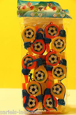 12 x Fußball-Trillerpfeife mit Schnur,versch.Farben Mitgebsel,Kindergeburtstag