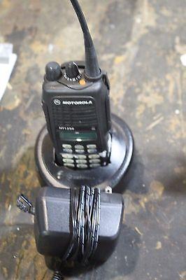 Motorola Ht1250  Aah25rdh9aa6an W Bat Charger