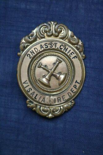 VINTAGE OBSOLETE Visalia Fire Department Badge Pin - 2nd Asst Chief
