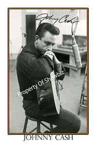 JOHNNY-CASH-AUTOGRAPH-SIGNED-POSTER-GREAT-PIECE-OF-MEMORABILIA
