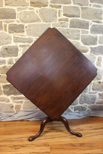 American 18th Century Tilt-top Tea Table Solid Mahogany New England ca 1770
