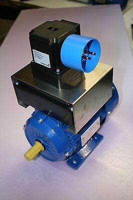 Elektromotor 1,10KW, 230V,  B3, 2760 U/min. + Netzschalter <U + Gerätestecker