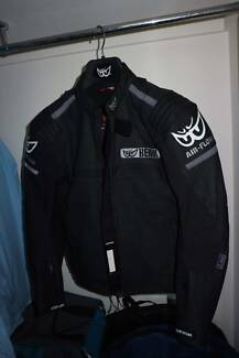 Berik air flow leather jacket SIZE 48