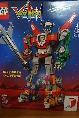 LEGO 21311 Voltron SIGNED By Designers San Diego Comic Con NEW Sealed