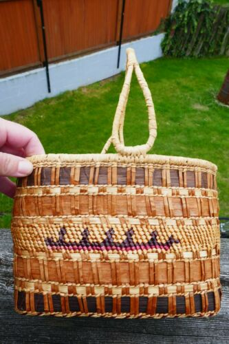 Vintage Native Nootka Hand Woven Pleated Basket W/ Handles - Canoe Design