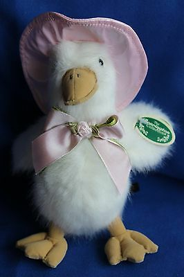 Bearington Bear Ducky McDrizzle Duck In Pink Rain Hat
