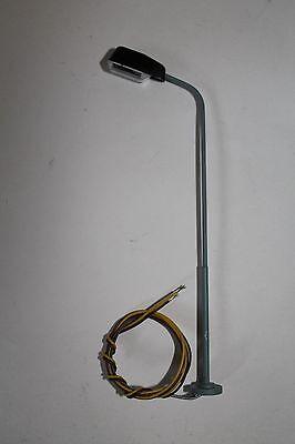 Eisenbahnlampe für H0; incl. Kabel und Leuchtmittel; Höhe 110mm; NEU---OVP